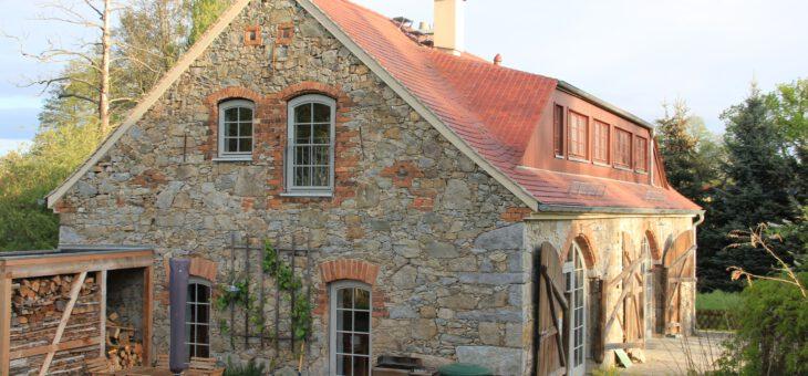 Ferienhaus Apfelscheune Cannewitz ist Sieger in der Kategorie nachhaltige Ferienhäuser von Charming Hideaways